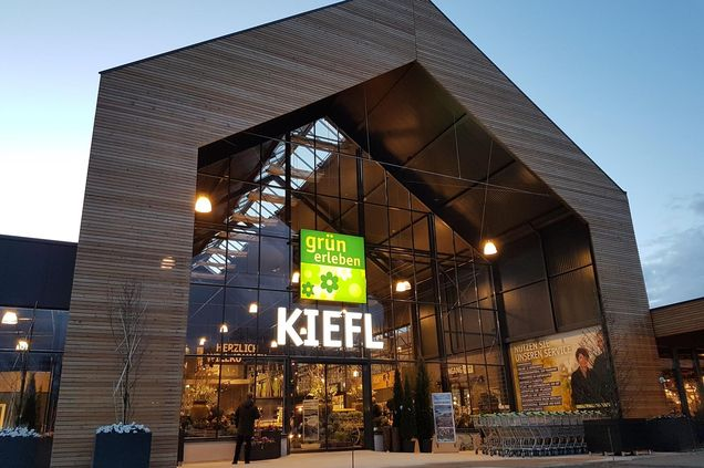 Gartencenter Kiefl: Nagelneues Gartencenter in Gauting